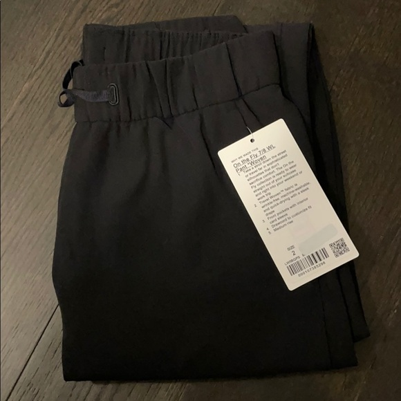 Lululemon On The Fly 7/8 WL Pant